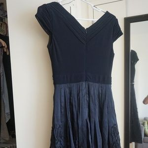 Navy Blue Classic Adrianna Papell dress // Size 4